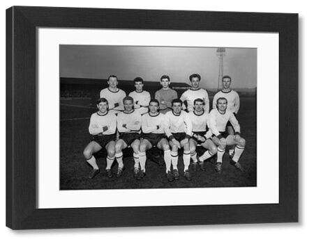 Watford team group 1963 / 64 season : Back row L to R. C.Livesey,D.Welbourne,Pat Jennings,G.Catleugh,R.Bell. Front : R.Spelman,J.McAnearney,B.Jones (Captain),K.Oliver,G.Harris,V.McNeice. Credit : Colorsport