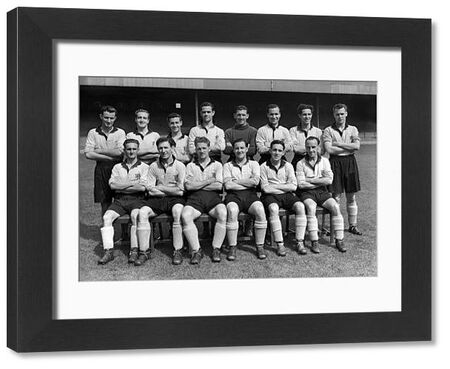 Football - 1952 / 1953 season - Hull City Team Group Back (left to right): D. Durham, E. Phillips, W. Hassall, T. Berry, J. Robinson, Neil Franklin, W. Harris, E. Tarrant.   Front: K. Harrison, P. Todd, Viggo Jensen, S. Gerrie, Terry Murray, E