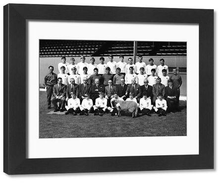 Football - 1968 / 1969 season - Derby County Full Squad Team Group Photocall The full squad, with the Derby Ram and manager Brian Clough and coach Peter Taylor