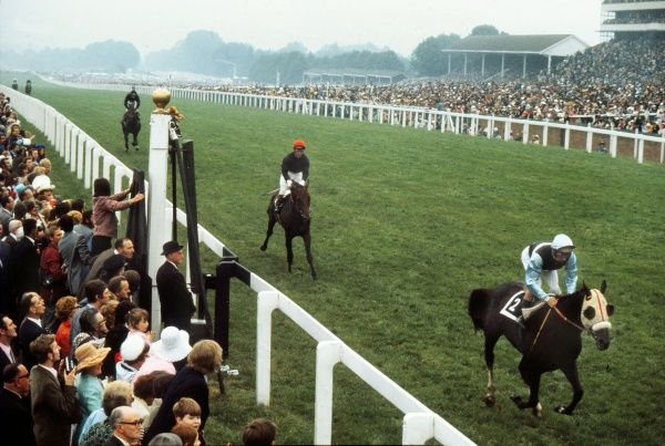 Horse racing : The Admiral ridden by Geoff Lewis wins from Celtic Cone ridden by Greville Starkey. Ascot Gold Cup. Royal Ascot 21/06/1973 Credit: Colorsport