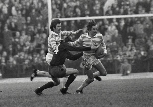 Rugby Union - 1975 Varsity Match - Oxford University 12 Cambridge University 34 Cambridge's Gordon Wood at Twickenham