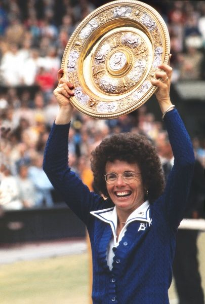 Billie Jean King (USA) winner of the Ladies Plate. Ladies Singles final. King v Goolagong Wimbledon Tennis Championships 1975 Credit : Colorsport
