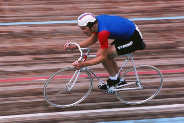 Track Cycling - 1982 UCI Track World Championship - Men's Professional 5000m Individual Pursuit Great Britain's Tony Doyle at Leicester. He was world champion in the event in 1980 and 1986
