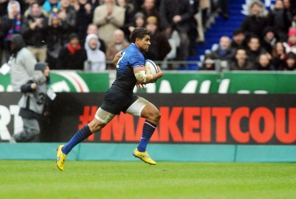 Rugby Union - 2012 Six Nations Championship - France vs. Ireland  Wesley Fofana - France runs away to score his try