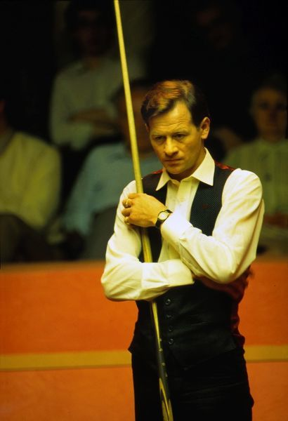 Snooker - Alex Higgins Embassy World Snooker Championship 1988 - The Crucible Theatre, Sheffield. First Round: Alex Higgins vs Tony Drago Higgins lost 10-2