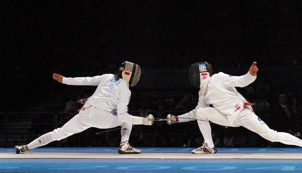 Fencing - 2004 Athens Olympics - Men's Epee Individual, Final Pool Bronze-Medal Match     Pavel Kolobkov (Russia) vs