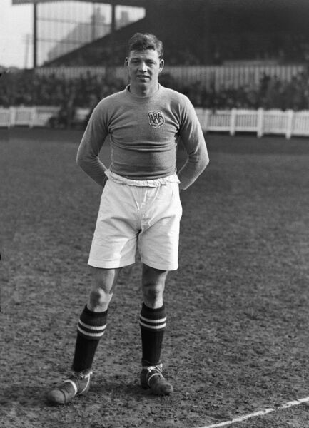 Football - 1925 / 1926 season  William 'Billy' Dickinson of Wigan Borough.  He also played for Nottingham Forest, Rotherham United, Southend United and Hull City