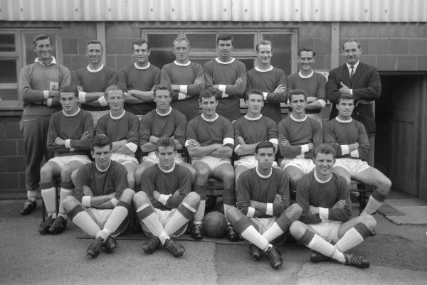 Football - 1962 / 1963 season - Birmingham City Team Group   Back (left to right): Ken Fish (trainer), S. Lynn, T. Smith, J. Schofield, C. Withers, Terry Hennessey, J. Watts, Gil Merrick (manager).   Sitting: G. Farrell, M. Hellawell, J. Harris, K