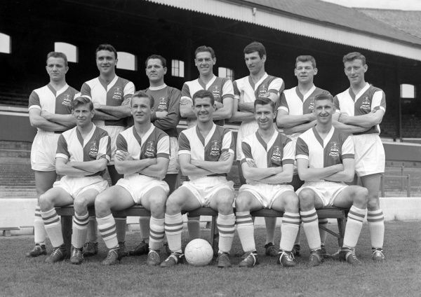Football - 1959 / 1960 season - Blackburn Rovers Team Group Back (left to right): J. Bray, M. Woods, H. Leyland, L. Bimpson, Derek Dougan, Dave Whelan, M. McGrath. Front: E. Thomas, Peter Dobing, Ronnie Clayton, Bryan Douglas, Ally MacLeod