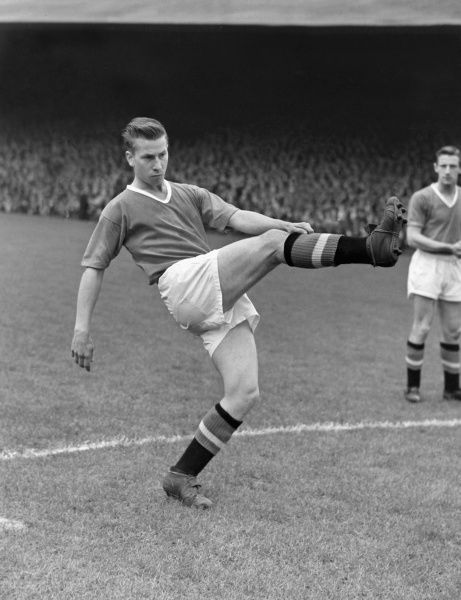 Bobby Charlton (Manchester United)  1956/1957 Season  Credit : Colorsport