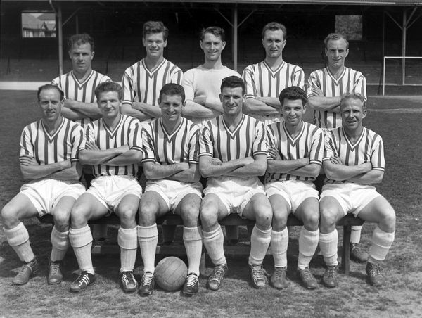 Football - 1957 / 1958 Second Division - Brighton and Hove Albion Team Group Back (left to right): D