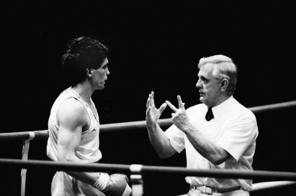 Boxing - 1982 Brisbane Commonwealth Games - Men's Light Middleweight [71kg] Final: Nicholas Croombes (England) vs