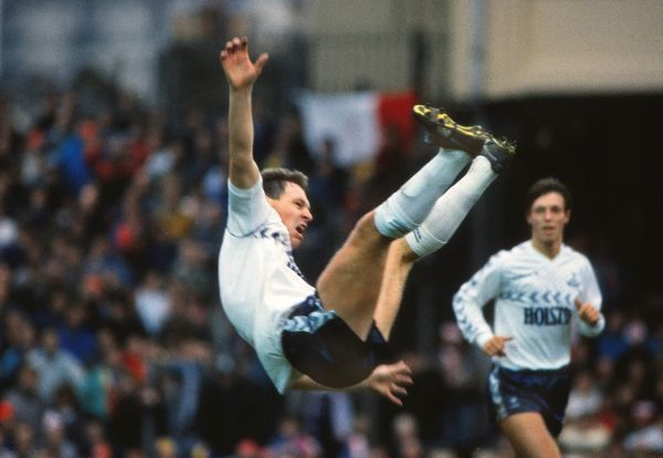 CLIVE ALLEN CELEBRATES SCORING THE ONLY GOAL FOR TOTTENHAM, BY JUMPING IN THE AIR. ARSENAL v TOTTENHAM HOTSPUR, LEAGUE CUP SEMI-FINAL, 08/02/1987. CREDIT: COLORSPORT / ANDREW COWIE