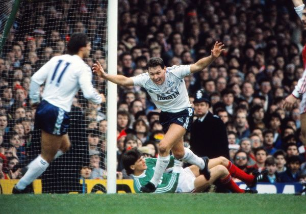 CLIVE ALLEN CELEBRATES SCORING THE ONLY GOAL FOR TOTTENHAM, PAST THE GROUNDED JOHN LUKIC. ARSENAL v TOTTENHAM HOTSPUR, LEAGUE CUP SEMI-FINAL, 08/02/1987. CREDIT: COLORSPORT / ANDREW COWIE
