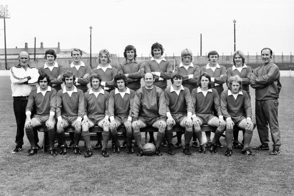 Football - 1972 / 1973 season - Crewe Alexandra Team Group Back (left to right): Mick Gill (physio), Tom Lowry, Roy Gater, Roy Drinkwater, Geoff Crudgington, Bill Fairhurst, Alan Stephens, Arthur Peat, Alan Kelly, Joe Maloney (trainer). Front: Gerry Humphries
