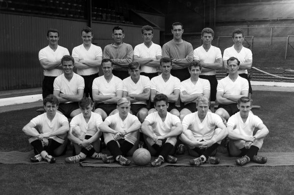 Derby County team group 1961/1962 season Back, l-r: J. Parry, P. Thompson, K. Oxford, R. Young, T. Adlington, B. Daykin, D. Palmer.  Centre: B. Hutchinson, G. Barrowcliffe, P. Waller, G. Davies, W. Curry, A.Conwell.  Front: D. Roby, J. Campion, R