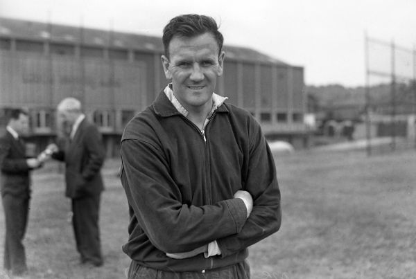 Don Revie (leeds United Manager) Photocall 1/08/1961 Credit : Colorsport