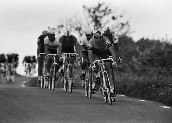 Cycling - 1970 UCI Road World Race Championships - Men's Professional Race Belgium's Eddy Merckx (#21) at Mallory Park, Leicester. 16/08/1970