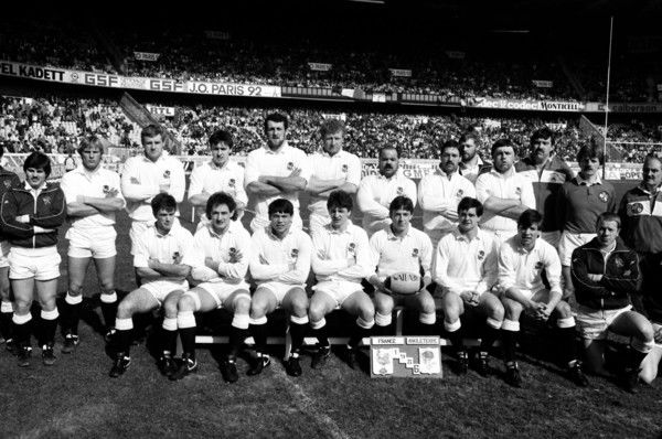 England team that defeated France in Paris in the 1986 Five Nations