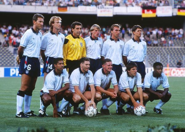 Football - 1990 World Cup - Semi-Final: West Germany 1 England 1 a.e.t. (W. Germany won 4-3 on penalties) 04/07/1990 The England Team Group for the game in the Stadio delle Alpi, Turin, Italy.  Back (left to right): Terry Butcher, Mark Wright