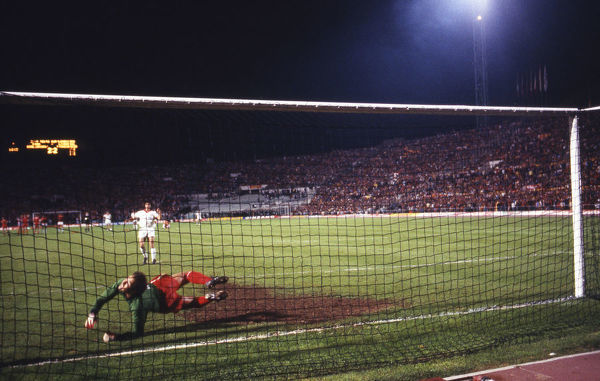 Football - 1984 European Cup Final - Liverpool 1* Roma 1 (*won 4-2 on pen a.e.t.)   The penalty shoot-out, at the Stadio Olimpico, Rome.   Fourth kick. Goalkeeper Bruce Grobbelaar. Roma's Bruno Conti misses; score 1-1.   30/05/1984