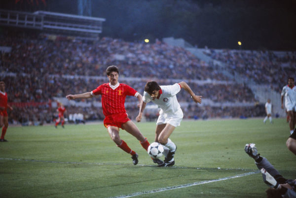 Football - 1984 European Cup Final - Liverpool 1* Roma 1 (*won 4-2 on pen a.e.t.)     Liverpool's Ian Rush and Roma's Ubaldo Righetti, at the Stadio Olimpico, Rome.     30/05/1984