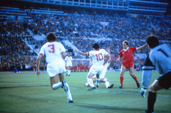 Football - 1984 European Cup Final - Liverpool 1* Roma 1 (*won 4-2 on pen a.e.t.)   Phil Neal scores for Liverpool to put them 1-0 ahead, at the Stadio Olimpico, Rome.   30/05/1984