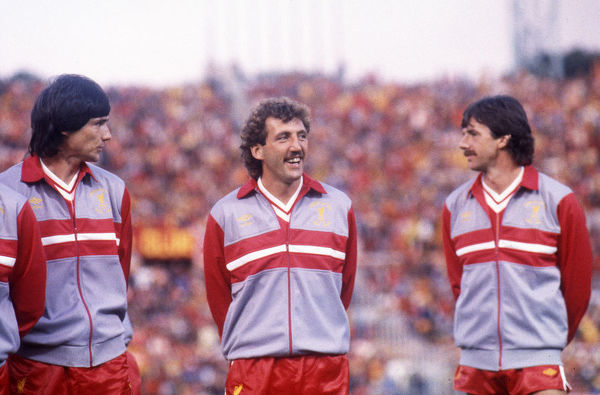 Football - 1984 European Cup Final - Liverpool 1* Roma 1 (*won 4-2 on pen a.e.t.)     (l-r) Alan Hansen, Alan Kennedy, and Mark Lawrenson before kick-off, at the Stadio Olimpico, Rome.     30/05/1984