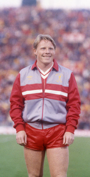 Football - 1984 European Cup Final - Liverpool 1* Roma 1 (*won 4-2 on pen a.e.t.)     Sammy Lee before kick-off, at the Stadio Olimpico, Rome.     30/05/1984