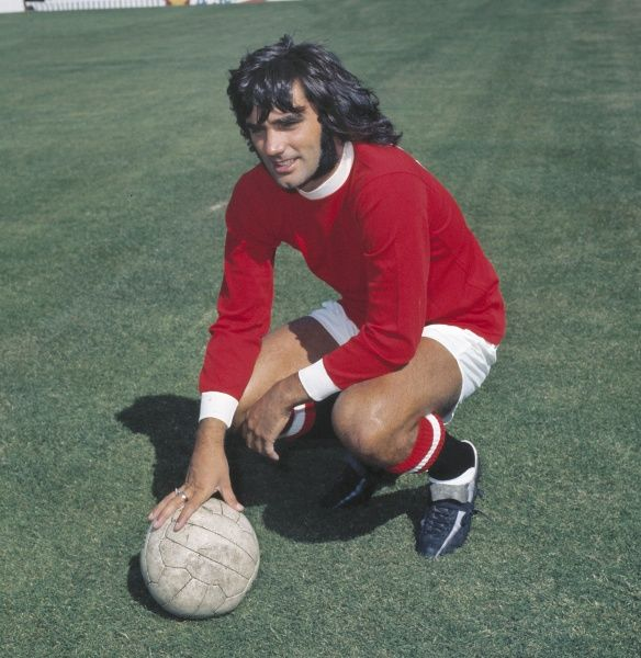 George Best (Manchester United)  Photocall 1971/1972 season  Credit : Colorsport