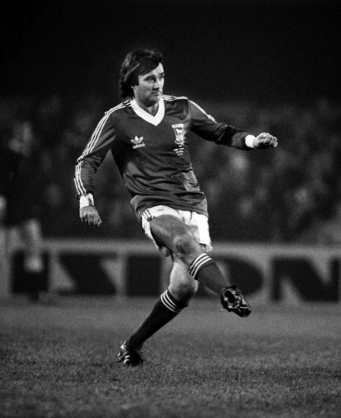 George Best - playing in an Ipswich shirt. Ipswich Town v England X1. Bobby Robson Testimonial match.  13/11/1979 Credit : Colorsport / Andrew Cowie