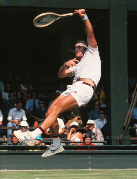 Tennis - 1976 Wimbledon Championships Argentina's Guillermo Vilas. 28/06/1976