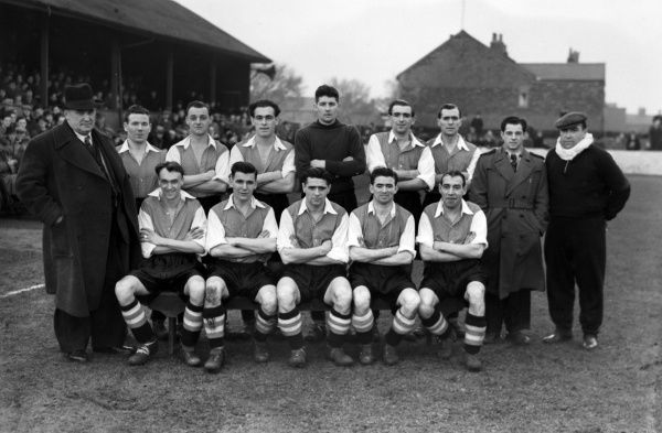 Football - 1952 / 1953 Third Division (North) - Southport 0 Hartlepool United 0 The Hartlepool United team group before the game at Haig Avenue on 17/1/53.   Back (left to right): Fred Westgarth, Joe Willetts, Jackie Newton, Watty Moore, Berry Brown