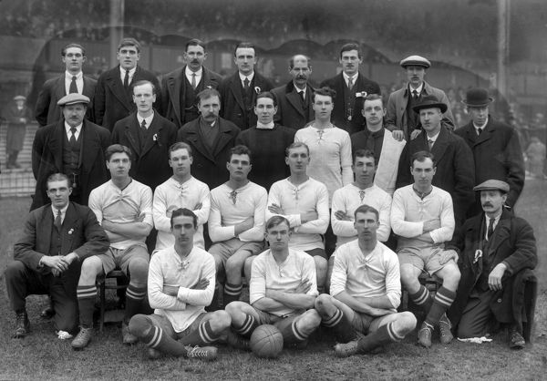 Hednesford Town Football team group 1919 / 20 season. Credit : Colorsport