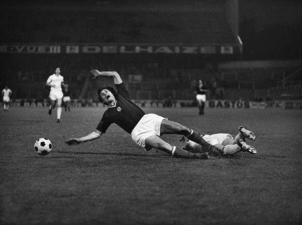 Football - 1972 UEFA European Football Championship - Semi-Final: Hungary 0 Soviet Union 1 The penalty incident in the Stade Emile Verse, Brussels: Hungary's Antal Dunai is brought down by the USSR's Revas Dzodzuashvili