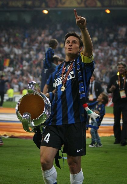 Football - Champions League Final - Bayern Munich vs. Inter Milan Inter Milan's Javier Zanetti with the Champions League trophy