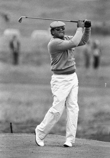 Jim Thorpe (USA) teeing off 1986 British Open golf Championship @ Turnberry, July 1986 Golf  Credit : Colorsport