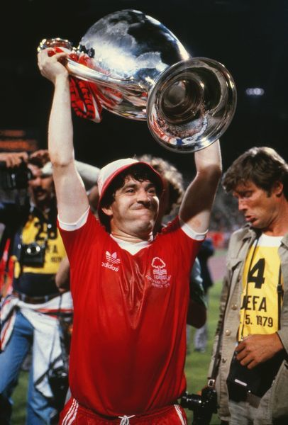 John Robertson (Forest) celebrates with the trophy. Nottingham Forest v Malmo European Cup Final 1979 30/05/1979 Credit : Colorsport / Andrew Cowie