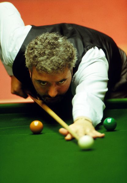 John Virgo. Snooker - World Championships 1990 - The Crucible TheatreJohn Virgo in action