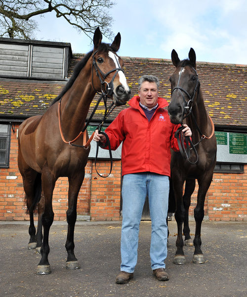 Horse Racing Paul Nicholls Stable Media Visit and Cheltenham Festival Entry Preview 24/02/2010. Credit: Dan Rowley/Colorsport Paul Nicholls with Gold Cup entries Kauto Star (l) and Denman (r)
