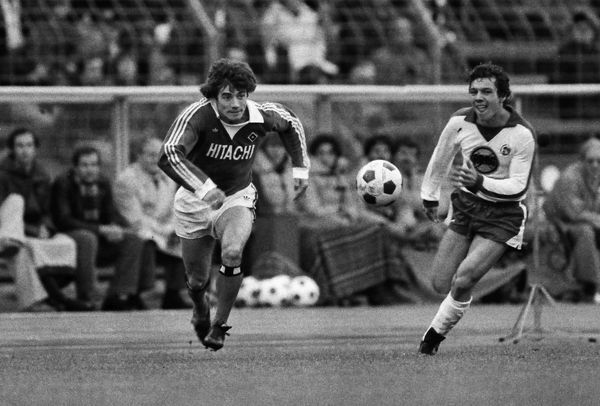 Football - Bundesliga 1978/79 - Fortuna Dusseldorf 0 Hamburger SV 2 Hamburg's Kevin Keegan during the game in the Rheinstadion, Dusseldorf, West Germany
