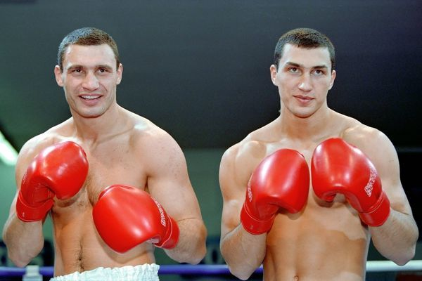 Boxing : The Klitschko Brothers Vladimir (right) and his brother Vitali Klitschko