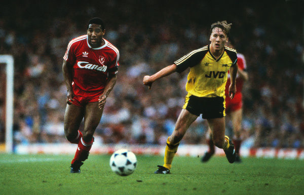 Football - 1988 / 1989 First Division - Liverpool 0 Arsenal 2    Lee Dixon of Arsenal and John Barnes of Liverpool at Anfield    26/05/1989