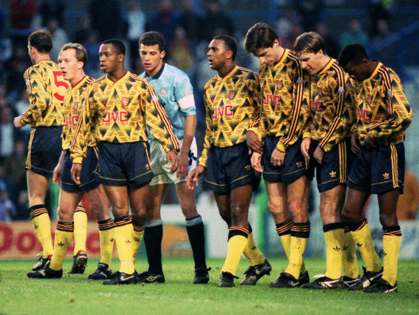 Football - 1991 / 1992 First Division - Manchester City 1 Arsenal 0     Arsenal defensive wall at Maine Road.     (l-r): Lee Dixon, Ian Wright, Keith Curle (Man City), David Rocastle, Alan Smith, Paul Merson ,Paul Davis.     28/12/1991