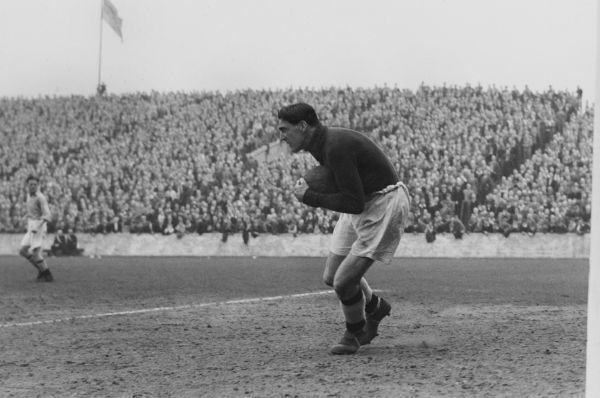 Football - Manchester City 1949 Frank Swift the City goalkeeper
