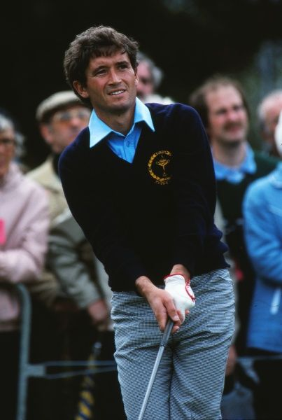 Golf - 1981 Ryder Cup - Walton Heath Europe's Manuel Pinero. The USA won the competition by a score of 18.5 points to 9.5. It remains the heaviest defeat that a European team has suffered in the Ryder Cup