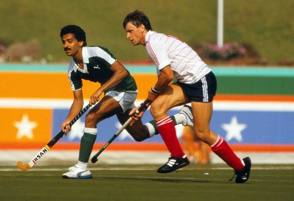 Field Hockey - 1984 Los Angeles Olympics - Pool B: Great Britain 0 Pakistan 0 Great Britain's Sean Kerly in the Weingart Stadium. The Great Britain team went on to win the bronze medal