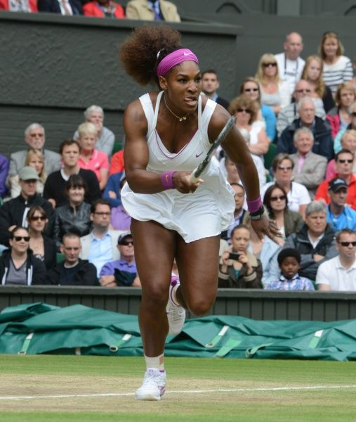 Wimbledon Week 2 : Tennis Championships 2012 Ladies singles final. Credit : Andrew Cowie / Colorsport. 07/07/2012  Serena Williams v Agnieszka Radwanska. Serena Williams - USA
