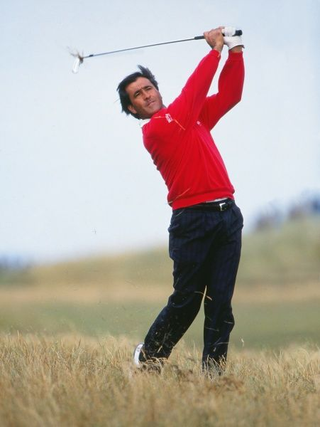 Golf Seve Ballesteros on the 18th hole. 1993 Open Championship Royal St George's Golf Club, Sandwich