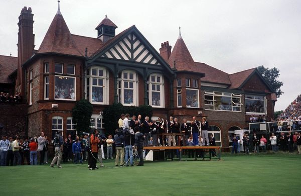 Golf Seve Ballesteros (Spain) receives the trophy at the Presentation. Winner of the British Open Championships 1988 Royal Lytham St Anne's 14-17/07/1988 Credit : Colorsport